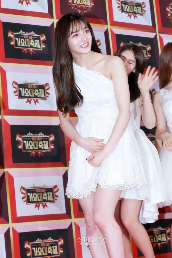 아이오아이 미니 드레스 - [갤러리] - 온라이프존