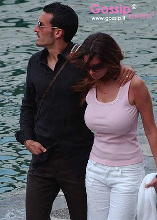 Gianluca_Zambrotta_e_Valentina_Liguori_a_passeggio_per_Portofino_9.jpg