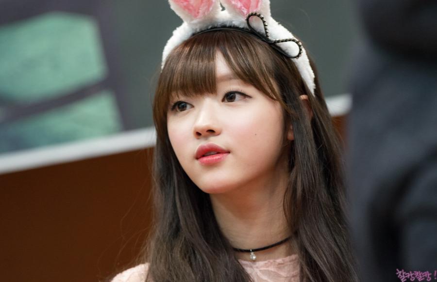 오마이걸 유아02.png