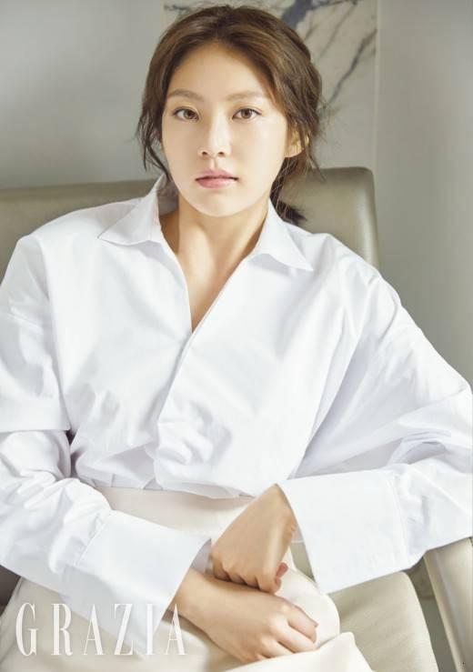 그라치아 공승연 (1).jpg