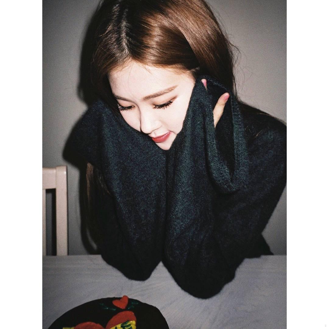 black_rose로제__01 (3).jpg